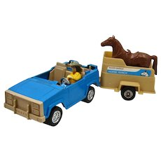 1960s Tootsietoy Ranch Woman in Jeep w/ Horse Trailer