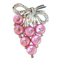 """Crown Trifari Pink Glass """"Shoe-Button"""" Clip, 1938"""
