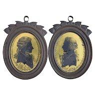 18thC Verre Eglomise Silhouettes Pair Portraits in Bronze Frames Antique Miniature