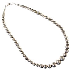 """Navajo Graduated Silver Pearl Bead Necklace Sterling 18.5"""" Long 29g"""