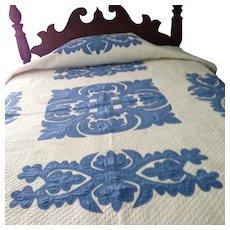"""Beautiful Antique Applique Quilt Blue & White 136"""" x 192"""" Excellent Condition!"""