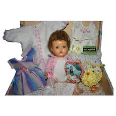 """1959 American Character 11"""" Tiny tears layette case"""