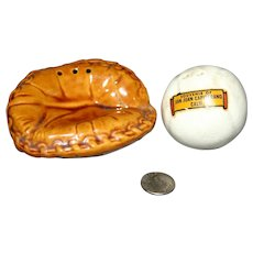 Baseball Mitt Salt & Pepper