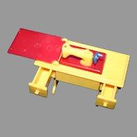 Miniature Hard plastic Renwal USA sewing machine