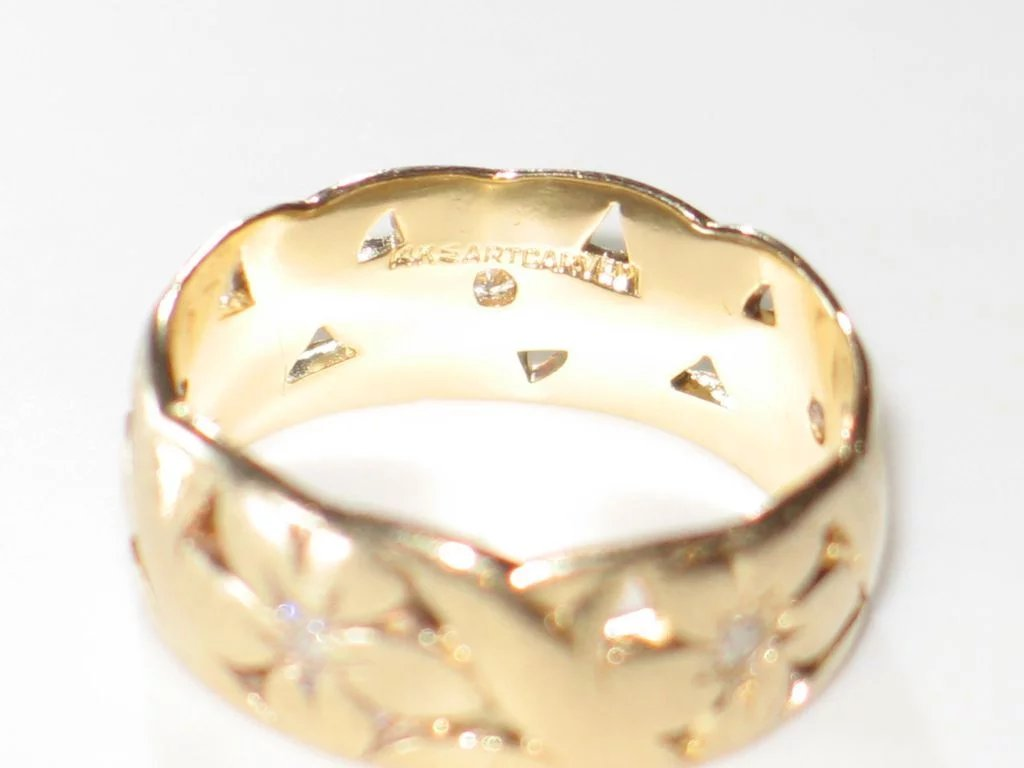 Click To Expand Artcarved Wide Vintage Wedding Band With Diamonds And 14k Yellow Gold Ring