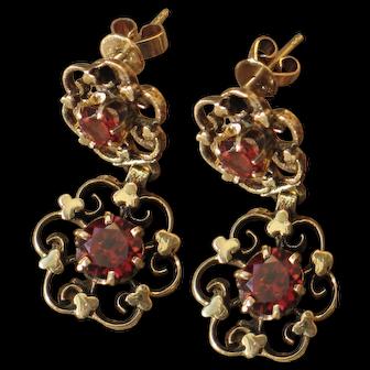 Antique garnet 14k yellow gold dangle earrings.