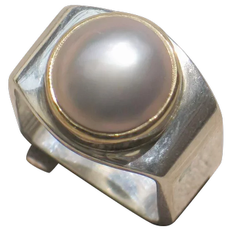 Mabe pearl 18ky gold and sterling silver Ofiesh estate ring.