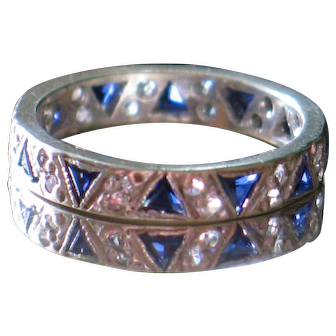 9CT Antique Sapphire Eternity Band.  Great stackable ring.