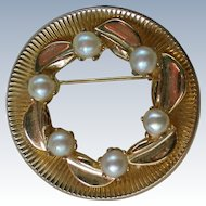 Cultured Pearl Gold tone Circle Brooch