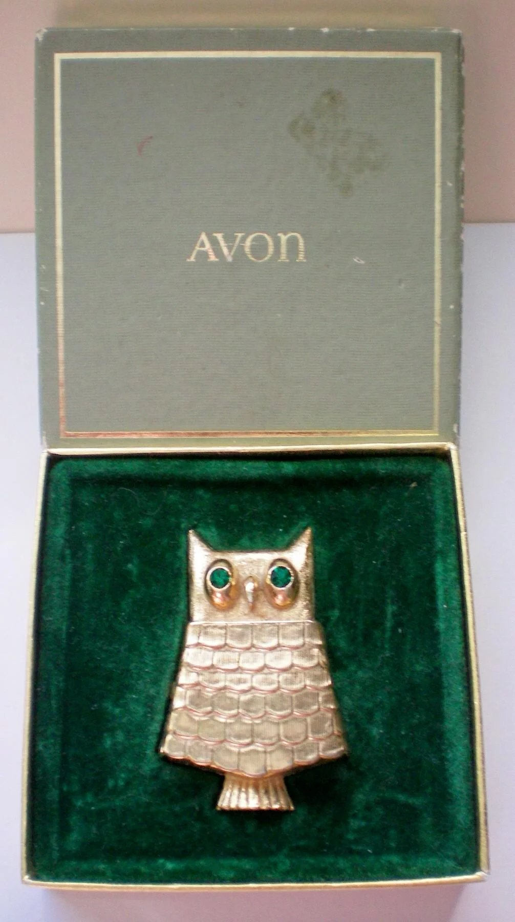 Avon Owl Glace Perfume Pin with Original Box : The Manor's ...