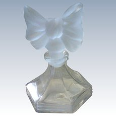 Pretty Frosted Glass Bow Stopper Perfume Bottle