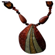 Painted Gourd Chip Southwestern Pendant Necklace