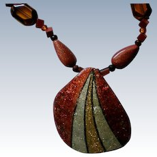 Painted Gourd Chip Pendant Necklace