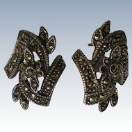 Marquisate Pierced Earrings