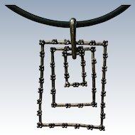 Modernist Metal Dangle Pendant Necklace