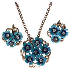 Avon Love Blossoms Forget-Me-Not Flowers Set