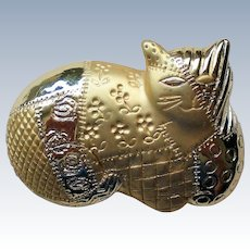 """Cat Pin with """"Quilted"""" Gold tone Metal by AJC"""