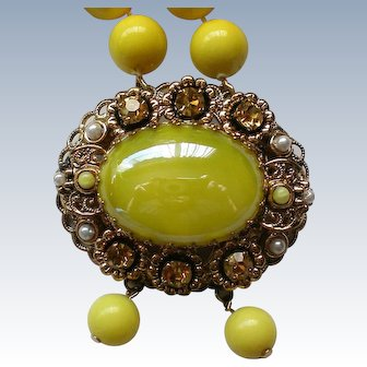 Lemon Yellow Beaded Necklace with W.German Center Brooch
