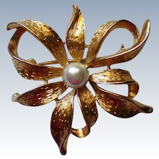 Napier Floral Based Brooch with Faux Pearl