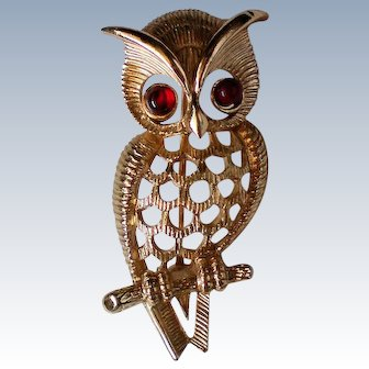 AVON Owl Pin with Red Cabochon Eyes