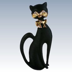 Sassy Black Cat Pin for Halloween