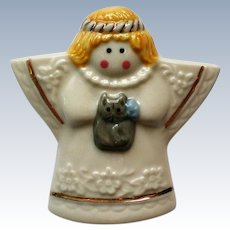 Ceramic Angel with Cat Pin