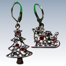 Silver tone Christmas Holiday Pierced Earrings
