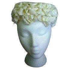 Miss Lynn Mid-Century Creamy White Hat with Veil