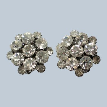 Fabulous Signed Weiss Clear Rhinestone Clip Earrings