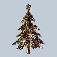 Gold tone Christmas Tree Pin
