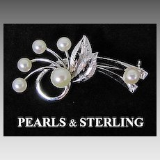 Round Cultured Pearls & Sterling Silver Brooch