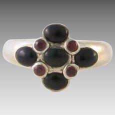 Vintage Sterling Silver Garnet Ring Size 8