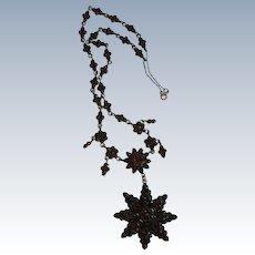 Victorian Bohemian Garnet Star Necklace