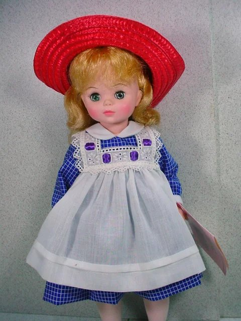 madame alexander doll dating Values and history for madame alexander dolls including those made with porcelain, plastic, and vinyl plus tips on the most valuable characters dolls.
