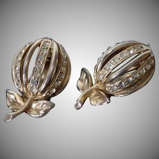 1950's Gold Tone&Rhinestone Apple Clip on Earrings