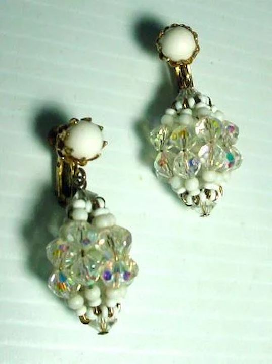 8eb1eee3ba5a38 Vintage Vendome Summer Clip On Drop Earrings, 1960's : Fourty Fifty Sixty |  Ruby Lane