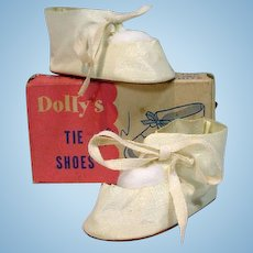 """MIB White Oil Skin Tie Shoes for 18"""" Doll, 1950's"""