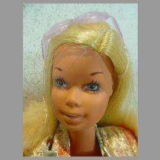 Vintage 1971 Malibu Barbie in Party Dress Ensemble, Mattel