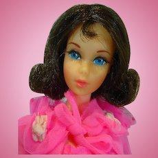Mattel Brunette Twist 'n Turn Barbie 1971 in Dreamy Pink