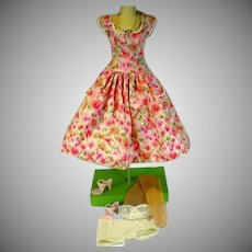 Madame Alexander Cissy Size Summer Day Dress with Accessories, 1950's
