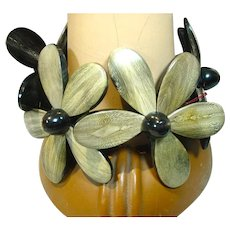 Large Resin Flower Stretch Bracelet, 1990's