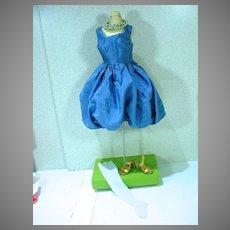 Vintage 1950's Madame Alexander Cissy Size Bubble Dress!