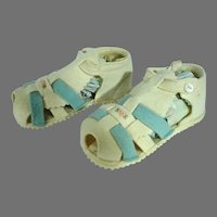 Vintage 1950's White and Blue Felt Doll Shoes