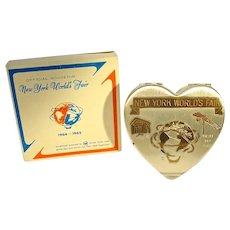 HTF 1964-1965 NY World's Fair Souvenir Heart Shape Compact