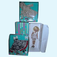 NRFB Effanbee Toni Doll w/2 Outfits, Robert Tonner