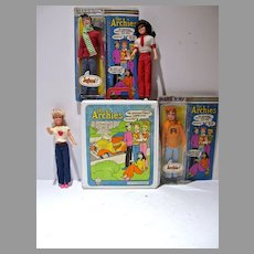 Marx The Archies, 1975 Action Figures and Vinyl Carrying Case