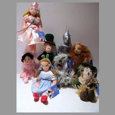 Set of 8 Warner Bros. Studios Wizard of Oz Plush Dolls, 1998