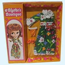 Rare Kenner NRFB Blythe Doll Outfit, 1972!!