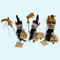 Adorable Set of 3 Annalee Trick or Treat Mice, Mint, 1989