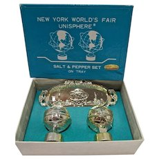 Mint Un-used 1964-65 New York World's Fair Unisphere Salt&Pepper Set